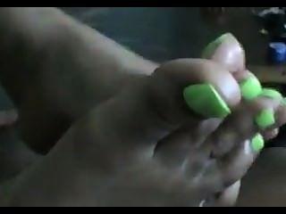 أصابع الخضراء footjob