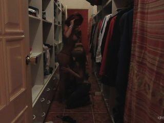 [idreamofjo] بيكي ستيفنز وجو الجنس خزانة