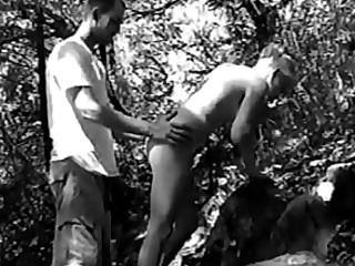 سخيف على 18 عاما في الغابة 2