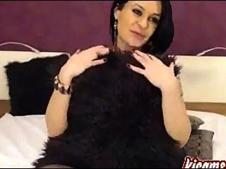 أفضل امرأة سمراء camgirl مثالية استمنى بالنسبة لك!