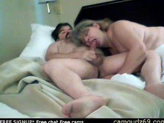 الهواة ناضجة تمتص الأصغر سنا أصدقاء الديك في الفندق في تشا الاباحية كام فيلم الجنس