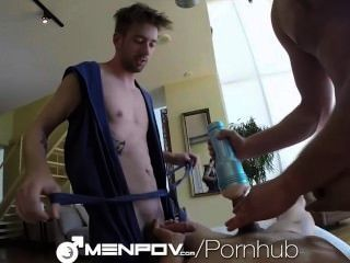menpov التدليك THREEWAY الساخن ويمارس الجنس مع الدمى