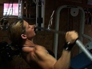 تدريب الظهر rebeccaa
