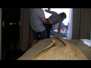 الجنس الفندق!نافذة يبلل فاتنة