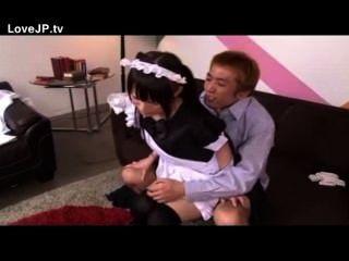 صغيرتي اليابانية خادمة في سن المراهقة