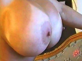 كبير titted Minka على الآسيوية وحفر بوسها رطبة