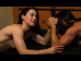 الفتيات المصارعة النسائية