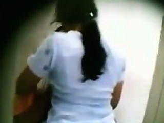 دس mallu زوجة تقبيل صديقه في bathroom.mp4