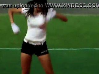 ينادون الكورية الساخنة رقص مثير