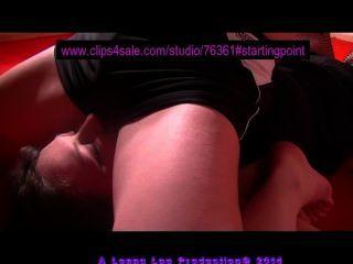 مقطع قصير آخر 19 من www.lennyloowrestling.com