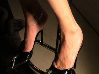 باطن ناضجة في أحذية مثير