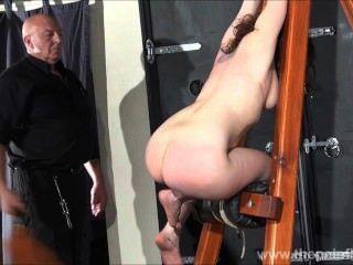 يضرب beauvoirs slavegirl الهواة hellpain الجلد وصارمة دينار بحريني المحصنة