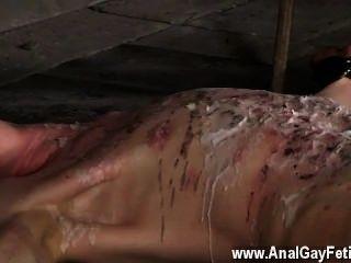 طرفة عين الجنس وencaged النقانق له وغير قادر على تتبادر إلى العسر الكلي،