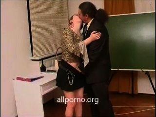 المعلمين الجنس الساخن والطلاب
