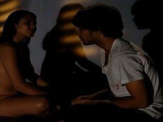 الجنس الكوني (2015) فيلم البنغالية تقطيعه المشهد 2