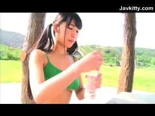 غير عارية في سن المراهقة اليابانية مرونة