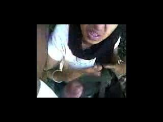 mallu في سن المراهقة اللسان في الهواء الطلق وابتلاع نائب الرئيس.