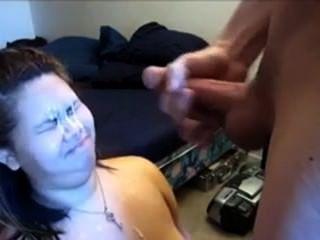 فتاة من 666dates.com يحصل شاعر المليون على وجهها