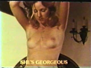 peepshow حلقات 368 70s و 80s المشهد 1