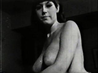 شهوانية العراة 510 1960s المشهد 3