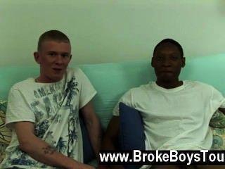فيلم مثلي الجنس في وقت قريب بما فيه الكفاية، كان من الواضح أن كان جمال أيضا بالقرب