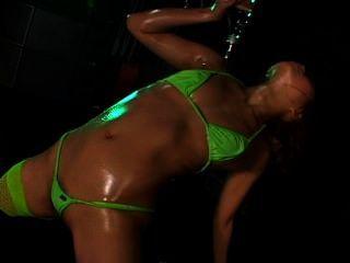 بيكيني الجزئي الزيتية الرقص 3 المشهد 4 ميري يازاوا