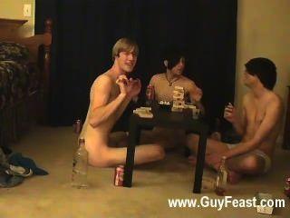 مثلي الجنس الجنس الساخن هذا هو حلقة طويلة لأنواع المتلصص منكم الذين يحبون فكرة