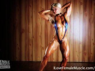 مدهش العضلات فتاة بريجيتا brezovac الثناء لها hardbody النهائي