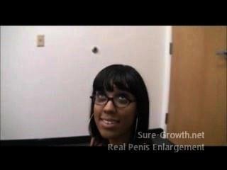 امرأة سوداء تحصل مارس الجنس لها وظيفة جديدة
