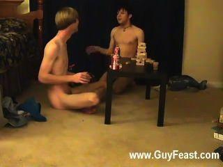 مثلي الجنس أثر الفيديو ويليام الحصول بالاشتراك مع صديقهم الجديد أوستن ل