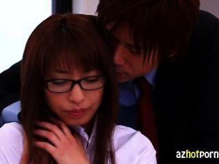 المعلمين اليابانية بعد سر المدرسة