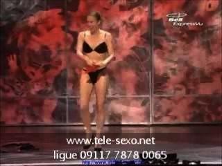 الساحر الإناث يحصل عاريا تماما على sexo.net مرحلة www.tele 09117 7878 00