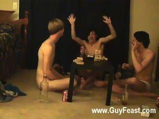 مثلي الجنس أثر الجنس ويليام الحصول على جنبا إلى جنب مع صديقهم جديدة أوستن ل