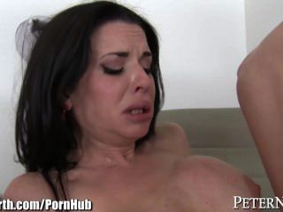 التدفق ممرضة فيرونيكا أفلوف مارس الجنس من الصعب