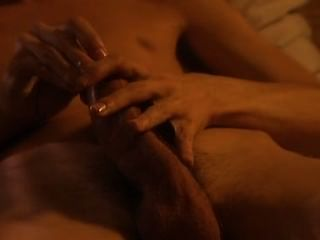 التربية الجنسية السويدية كيفية استخدام الواقي الذكري.