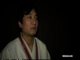 طالب اليابانية مساعدات مالية الجماع الجنسي