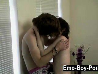 وقد عرفت الساخن الجنس مثلي الجنس شون لله أشرطة الفيديو الحارقة، ولكن هذا هو واحد