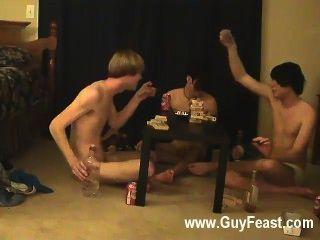 كليب مثلي الجنس من أثر ويليام الحصول على جنبا إلى جنب مع الأصدقاء الجديد أوستن