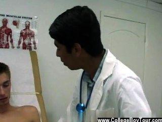 طرفة عين فيلم من أعطى له وصفة طبية لالفياجرا، ولكن تقتصر فقط