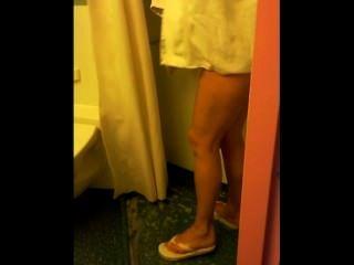 التجسس زوجتي في الحمام