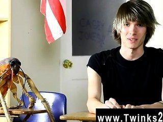 حار مثليين كيسي الشباب جونز هو ثمانية عشر عاما القدامى والجدد لالاباحية