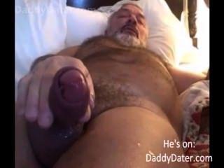 شعر الجد daddybear معلق ضربات تحميل له على عدسة الكاميرا