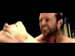 إيفا الخضراء البرية سخيف في فيلم 300