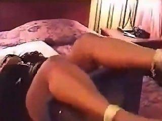 قدم خشب الأبنوس للتعذيب على يد قدم الحبيب (جزء 1)