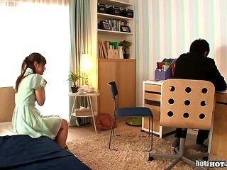 الفتيات اليابانية الداعر فتاة المدرسة الساخنة في school.avi
